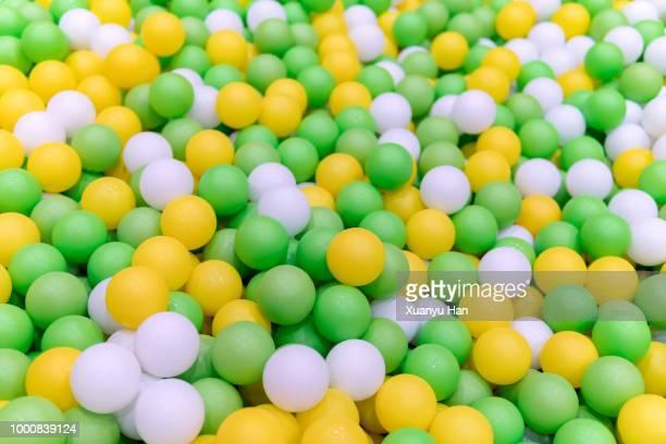 full frame shot of colorful balls - viele gegenstände stock-fotos und bilder