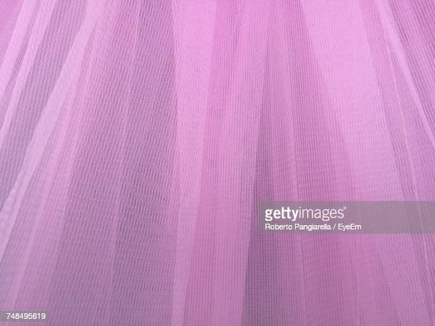 full frame shot of crumpled pink tulle netting - tulle netting stock pictures, royalty-free photos & images