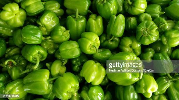 full frame shot of green bell peppers - green bell pepper stock pictures, royalty-free photos & images