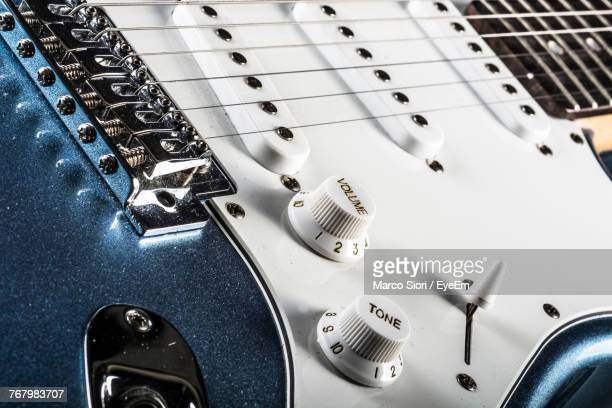 105 Electric Guitar Wallpaper Photos And Premium High Res Pictures Getty Images