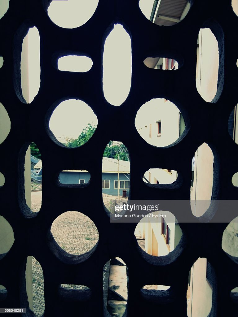 Full Frame Shot Of Pattern Window : Stock-Foto