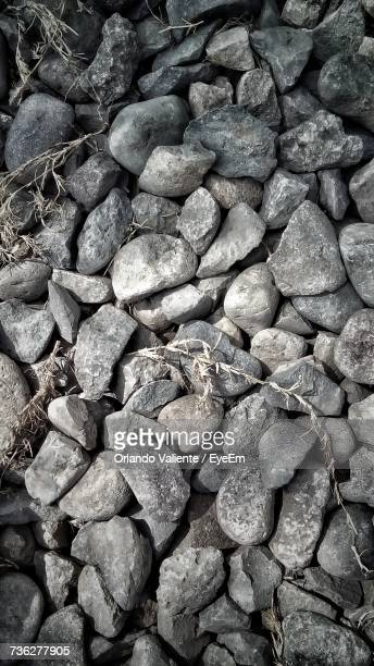full frame shot of pebbles - special:whatlinkshere/file:lucerne_circle,_orlando,_fl.jpg stock pictures, royalty-free photos & images