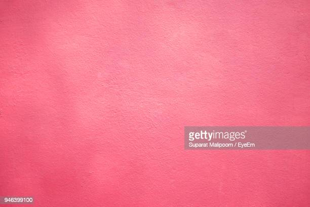 full frame shot of pink wall - pink color stock pictures, royalty-free photos & images