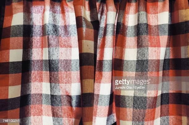 Full Frame Shot Of Plaid Patterned Curtain
