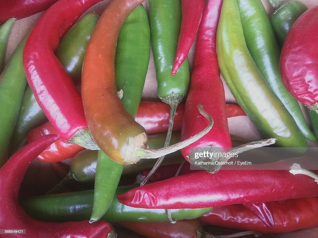 Full Frame Shot Of Red And Green Chili Pepper : Stock Photo