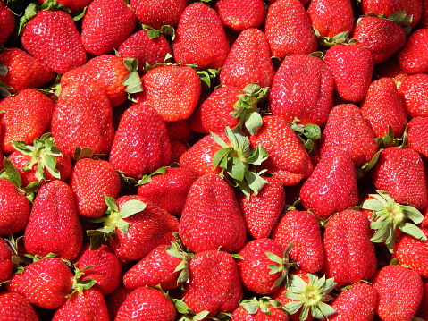 Full Frame Shot Of Strawberries For Sale At Market Stall - gettyimageskorea