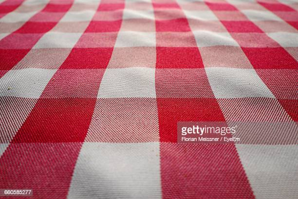 full frame shot of tablecloth - checked pattern stock pictures, royalty-free photos & images