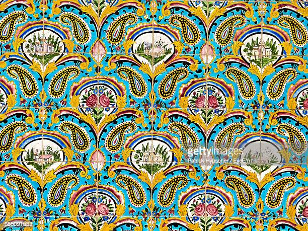full frame shot of tiled wall at shah mosque - エスファハーン州 ストックフォトと画像