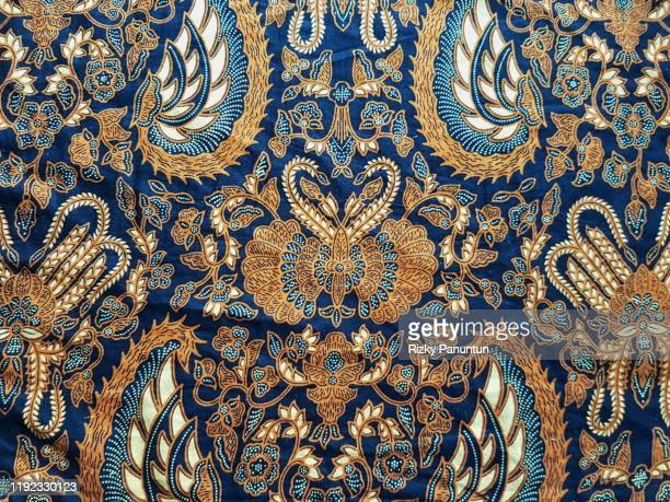 full frame shot of traditional patterned batik - koningschap stockfoto's en -beelden