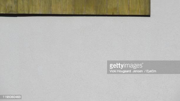 full frame shot of wall - whitewashed stock pictures, royalty-free photos & images