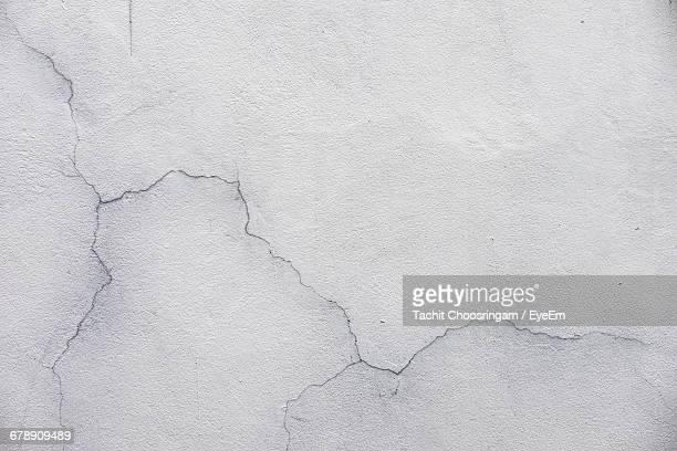 full frame shot of wall - cracked stock pictures, royalty-free photos & images