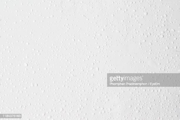full frame shot of wet wall - water stock pictures, royalty-free photos & images