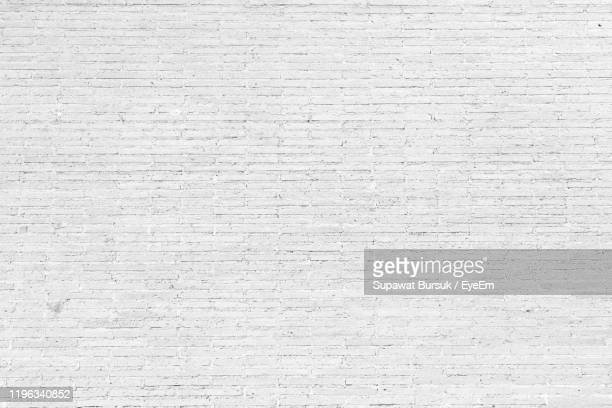 full frame shot of white brick wall - brick wall stock pictures, royalty-free photos & images