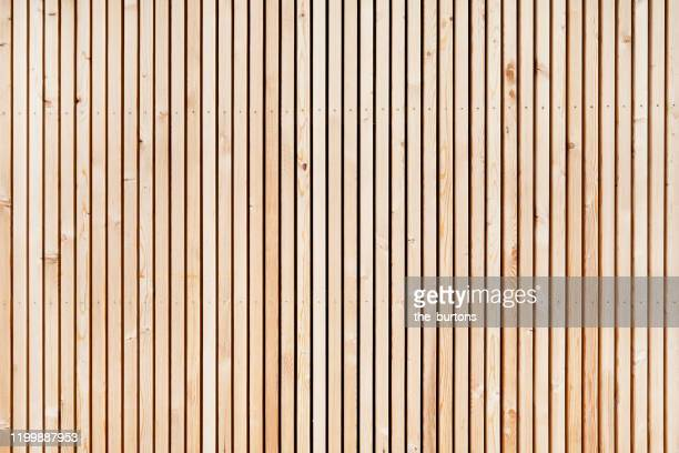 full frame shot of wooden wall - holz stock-fotos und bilder