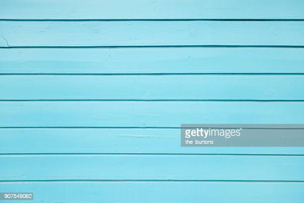 full frame shot of wooden wall - image photos et images de collection