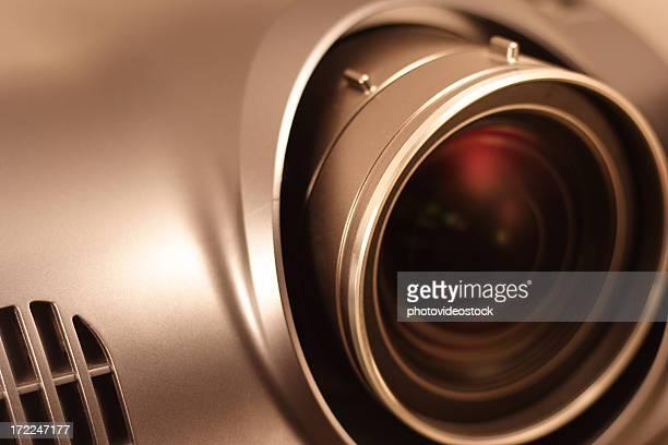 全レンズの高解像度プロジェクター