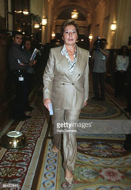 Full informative on the Guerra from Afghanistan Celia Villalobos goes for a walk for the corridors of the congress