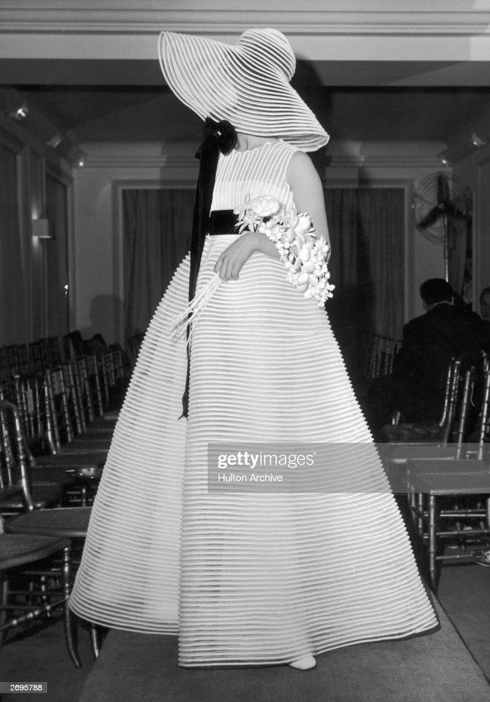 A full length romantic style wedding dress by Jeanne Lanvin in ...