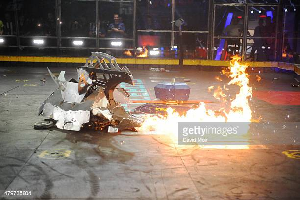 BATTLEBOTS Full Metal Bracket Round of 16 Part 1 The epic robotfighting tournament BattleBots enters the Championship round of 16 SUNDAY JULY 5 as 8...