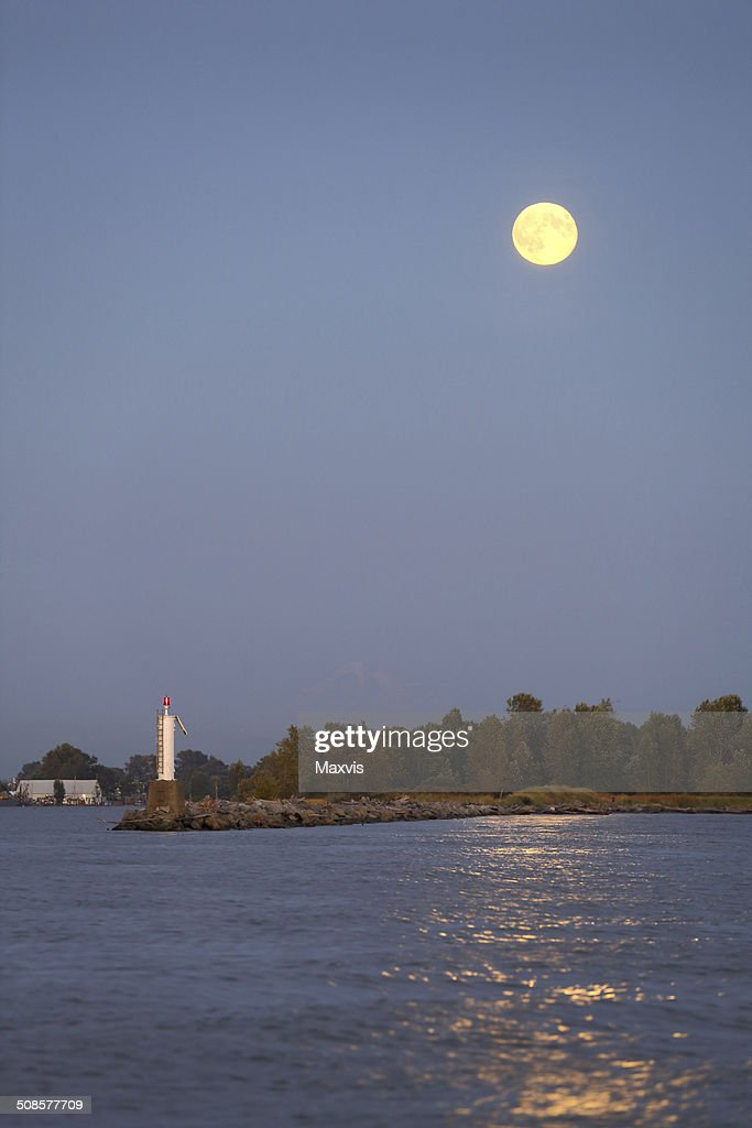 Luna piena di notte, il porto di Steveston : Foto stock