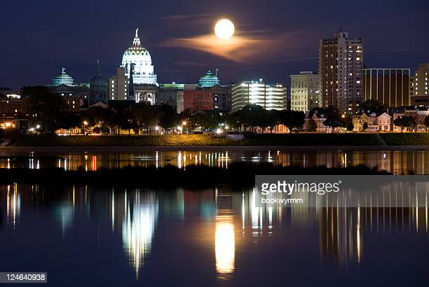 full moon in harrisburg pennsylvania - harrisburg pennsylvania stock pictures, royalty-free photos & images