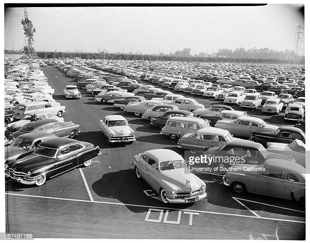 Full parking lot on the opening day of Disneyland