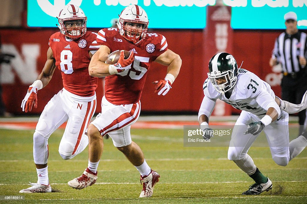 Michigan State v Nebraska : News Photo
