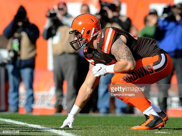 Fullback Danny Vitale of the Cleveland Browns awaits the snap from his position during a game against the New York Giants on November 27, 2016 at...