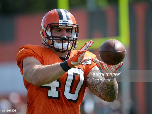 Fullback Danny Vitale of the Cleveland Browns catches a ball after a training camp practice on July 29, 2017 at the Cleveland Browns training...