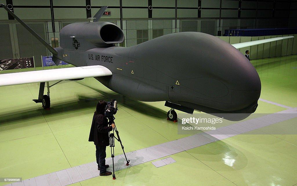 RQ-4 Global Hawk Unmanned Aircraft System Presentation : News Photo