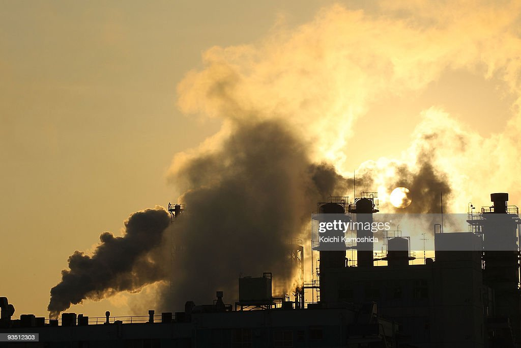 Fumes emit from factories of Keihin Industrial Area on December 1, 2009 in Kawasaki, Japan. The United Nations Climate Change Conference in Copenhagen, Denmark will take place between December 6-18 with representatives from over 160 countries discussing the objective to prevent global warming and climate changes.