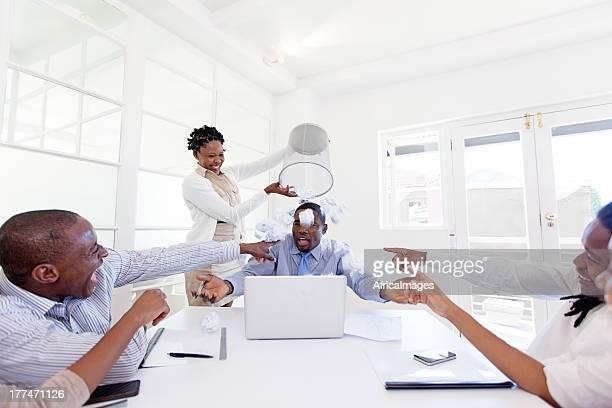 Spaß und happy times im Büro, Südafrika
