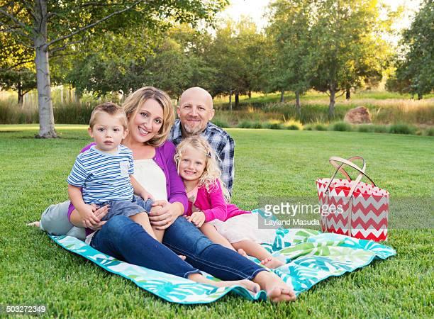 Fun Family - Mom, Dad, Girl, Boy