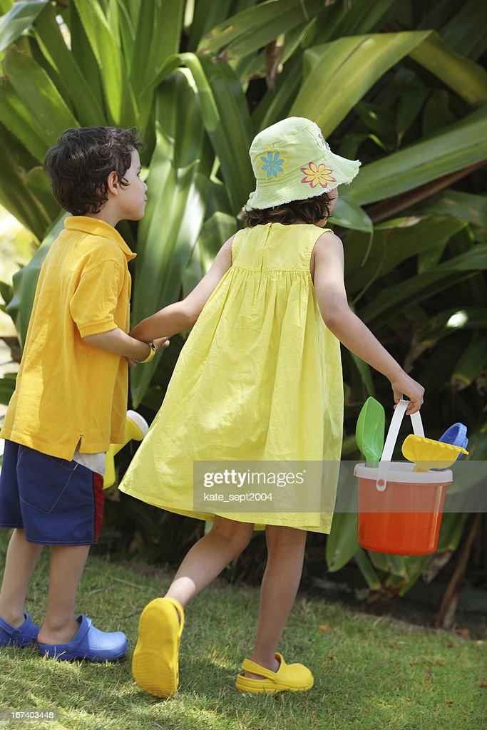 Fun outdoor games : Bildbanksbilder