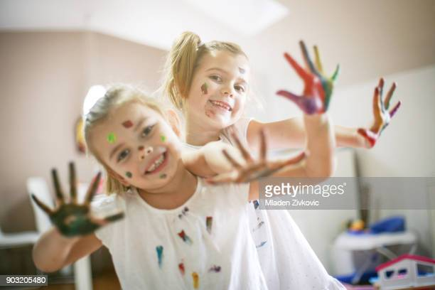 fun. - 4 girls finger painting stock photos and pictures