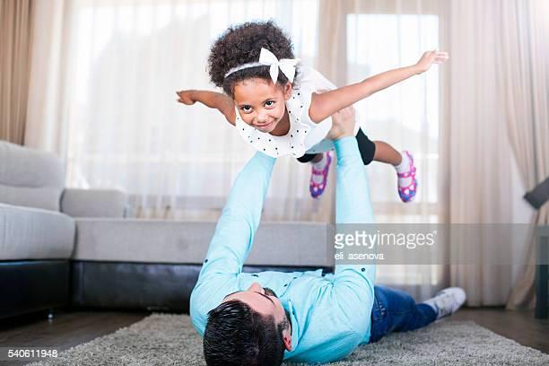 Lustige Zeit mit Vater Fliegen