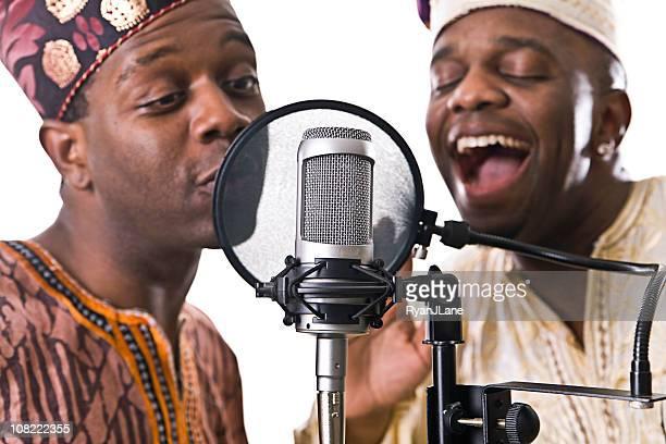 des musiciens d'afrique de l'ouest - nigeria photos et images de collection