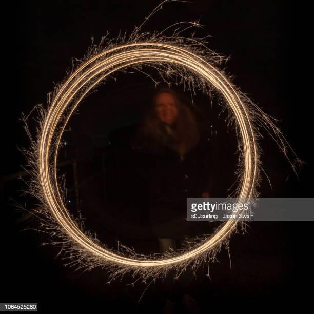 fun with sparklers - s0ulsurfing - fotografias e filmes do acervo