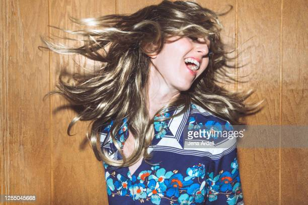 fun woman, retro woman dancing, 1970s party - 1970 stock pictures, royalty-free photos & images
