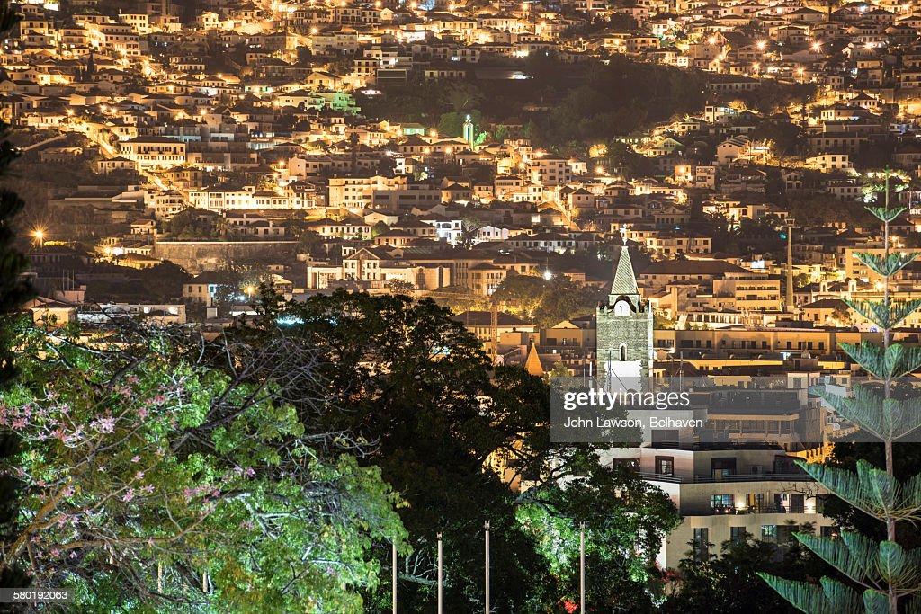 Funchal, Madeira cityscape, night : Foto de stock