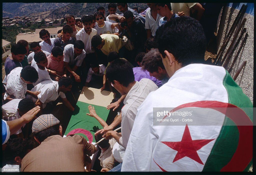 Funeral of a Kabyle : News Photo