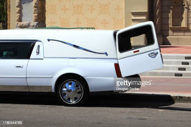 funeral hearse vehicle - hearse stock pictures, royalty-free photos & images