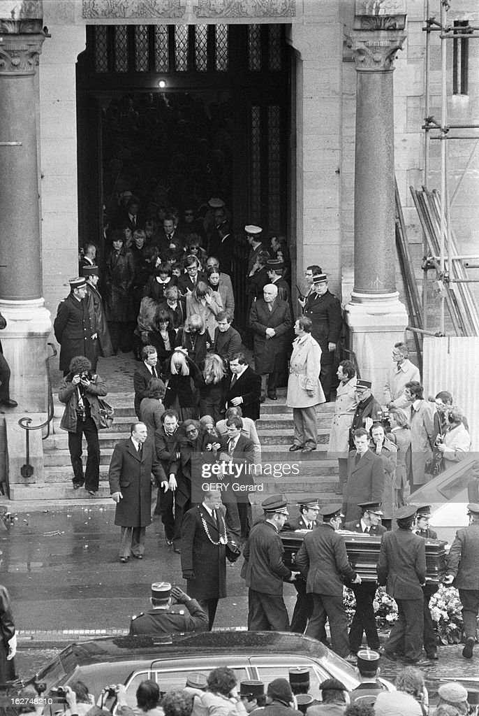 funeral of claude francois france paris 15 mars 1978 une news photo getty images. Black Bedroom Furniture Sets. Home Design Ideas