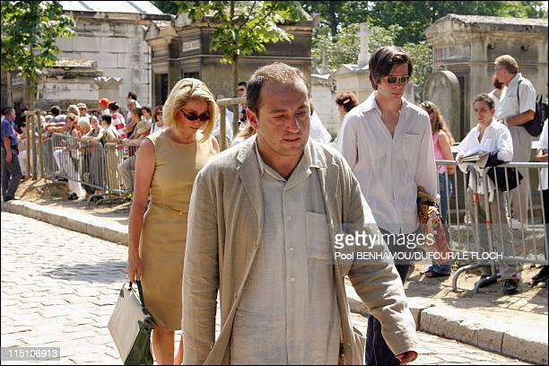 Funeral of Marie Trintignant at 'Pere Lachaise' in Paris France on August 06 2003 Patrick Timsit