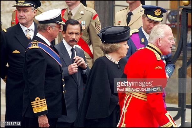 Funeral of Queen Mum in London United Kingdom on April 09 2002 Henri de Montpezat King Albert II Sultan of Brunei Queen Beatrix Prince Philippe