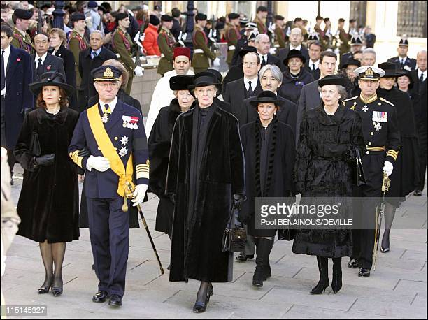 Funeral of the Grand Duchess Josephine Charlotte of Luxembourg in Luxembourg city Luxembourg on January 15 2005 Queen Silvia of Sweden King Carl...