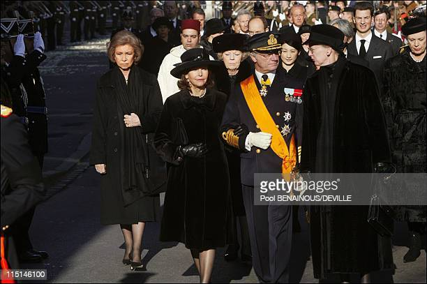 Funeral of the Grand Duchess Josephine Charlotte of Luxembourg in Luxembourg city Luxembourg on January 15 2005 Queen Sofia of Spain Queen Silvia and...