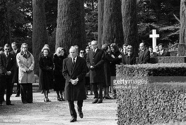 Funeral Of Tina Niarchos Lausanne 6 Octobre 1974 Les obsèques de Tina NIARCHOS épouse de Stavros NIARCHOS et mère de Christina ONASSIS au cimetière...