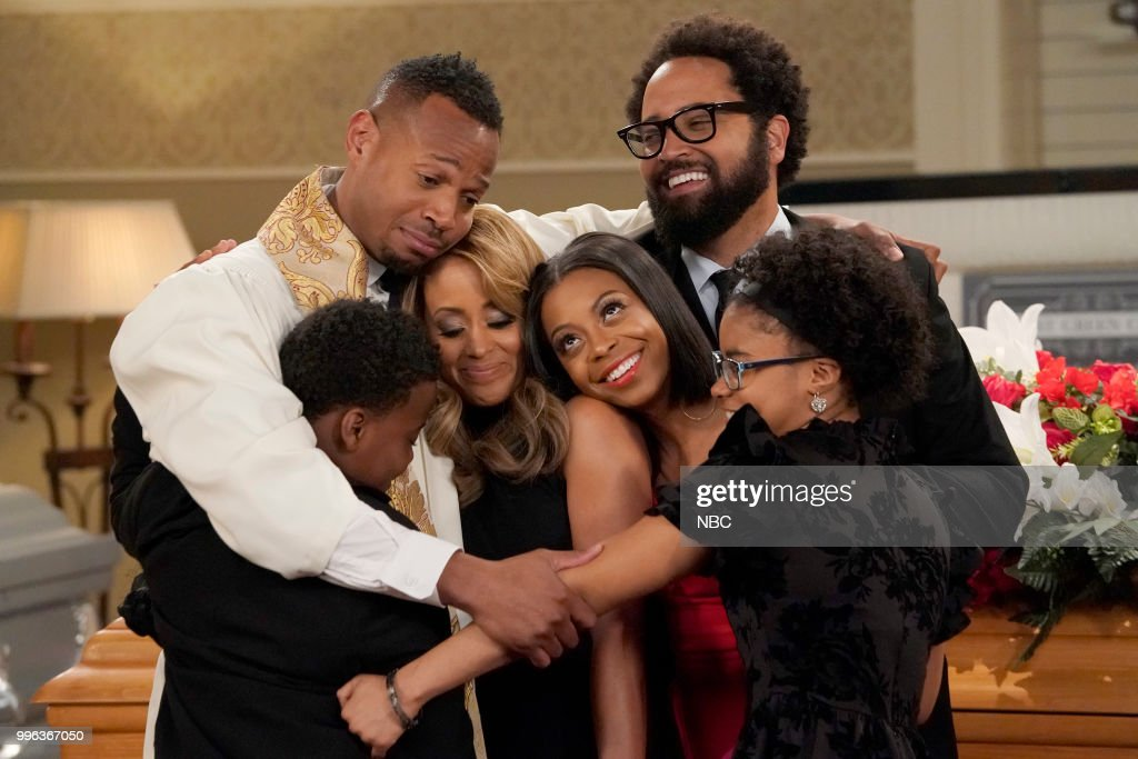 MARLON -- 'Funeral Party' Episode 210 -- Pictured: (l-r) Amir O'Neil as Zack Wayne, Marlon Wayans as Marlon Wayne, Essence Atkins as Ashley Wayne, Bresha Webb as Yvette, Diallo Riddle as Stevie, Notlim Taylor as Marley Wayne --