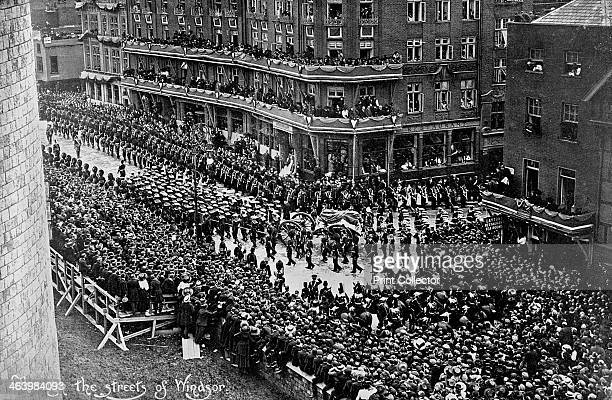 Funeral procession of King Edward VII Windsor Berkshire 1910 A photograph from The Illustrated Sporting and Dramatic News 28th May 1910